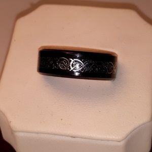 Titanium Steel Men's Ring 18kt Inlay Dragon Design